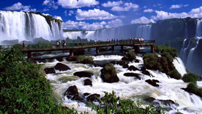 Iguassu-Falls111
