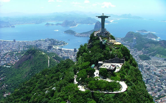 Christ-Redeemer-Arieal-view-River